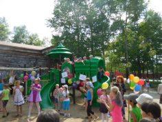 В Алдане появилась новая детская площадка
