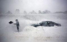 Мощный циклон, десятки аварий на дорогах
